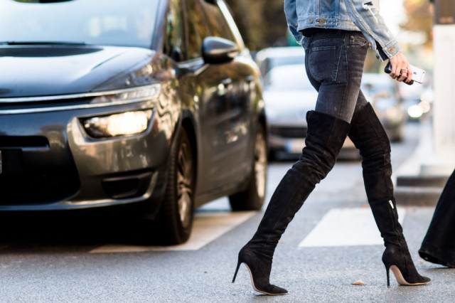paris-fashion-week-street-style-elle-over-the-knee-boots-thigh-high-boots-doule-denim-double-denim-denim-jacket-black-jeans-640x426